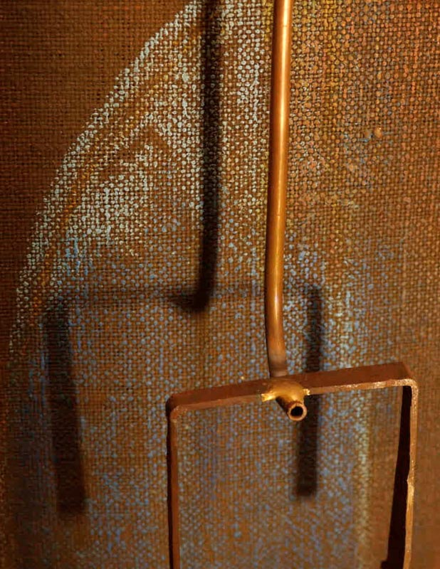 """Foto di Patrizio Garofalo a rappresentare la """"Forma"""" in un particolare di un'opera di Eduardo Zanga"""